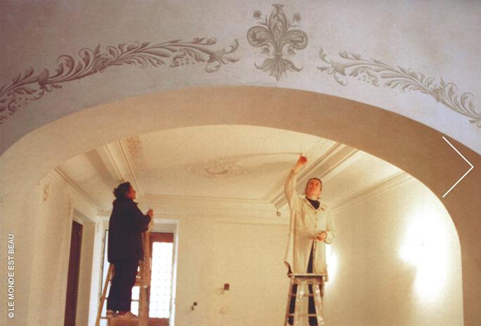 Mise en valeur par grisailles, peinture a fresco sur enduit à la chaux, Rhône-Alpes, 1999